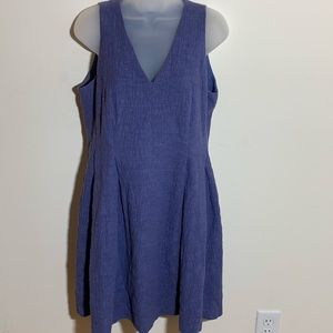 LOFT periwinkle v-neck dress with crinkly fabric